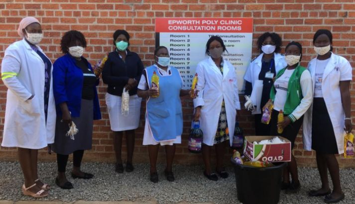 ASW-Partner übergibt Corona-Schutzmaterial an Klinik