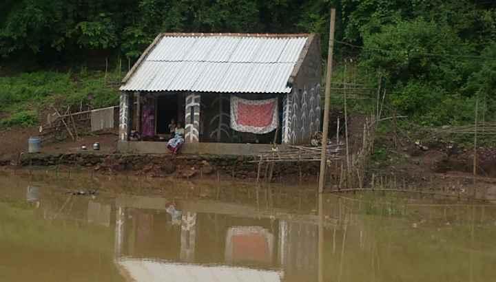 Adivasi-Hütte im Gebiet der Godavari
