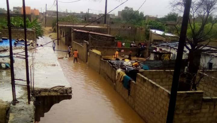 Ein Vorort von Dakar, Senegal, ist überschwemmt
