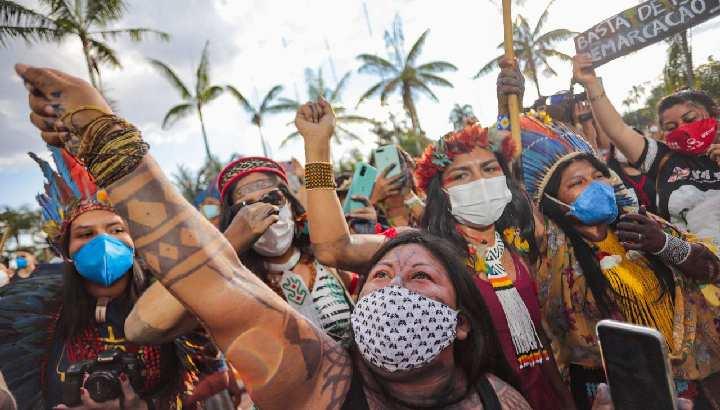 Indigene Munduruku protestieren in Brasilia