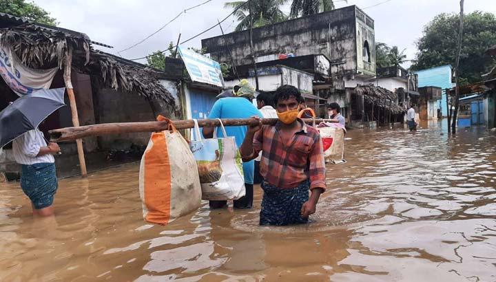 Monsunüberschwemmungen in Andhra Pradesh, Südindien 2020