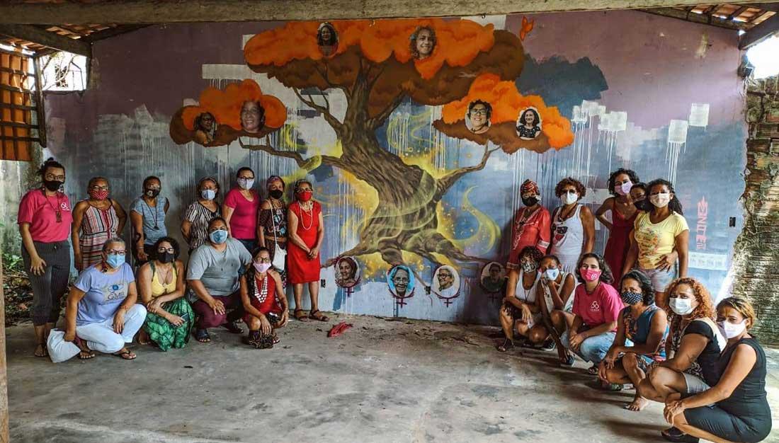 Frauen der Gruppe GMB bei einem Gruppentreffen