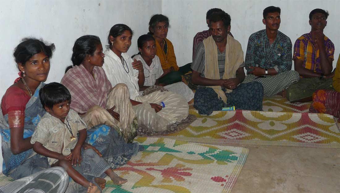 Tamil Nadu, ANBU-Trust: Austausch mit NRO-Mitarbeiter*innen über Migrationserfahrungen